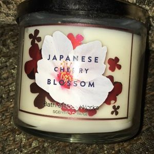 Bath and Body Works Large 3 wick candles